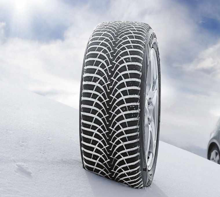 Goodyear Ultragrip in snow