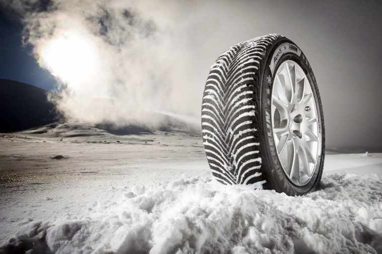 Summer Tyres Versus Winter 6 Reasons To Switch Michelin Fuel Filters Alpin 5 In Snow