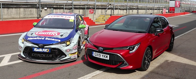 Toyota Corolla road version versus BTCC