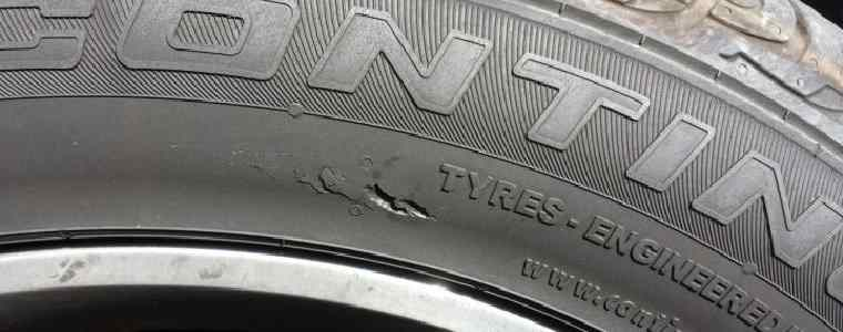 tyre with cut in sidewall