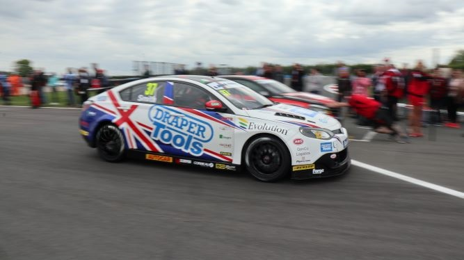 BTCC cars on track at Donington Park