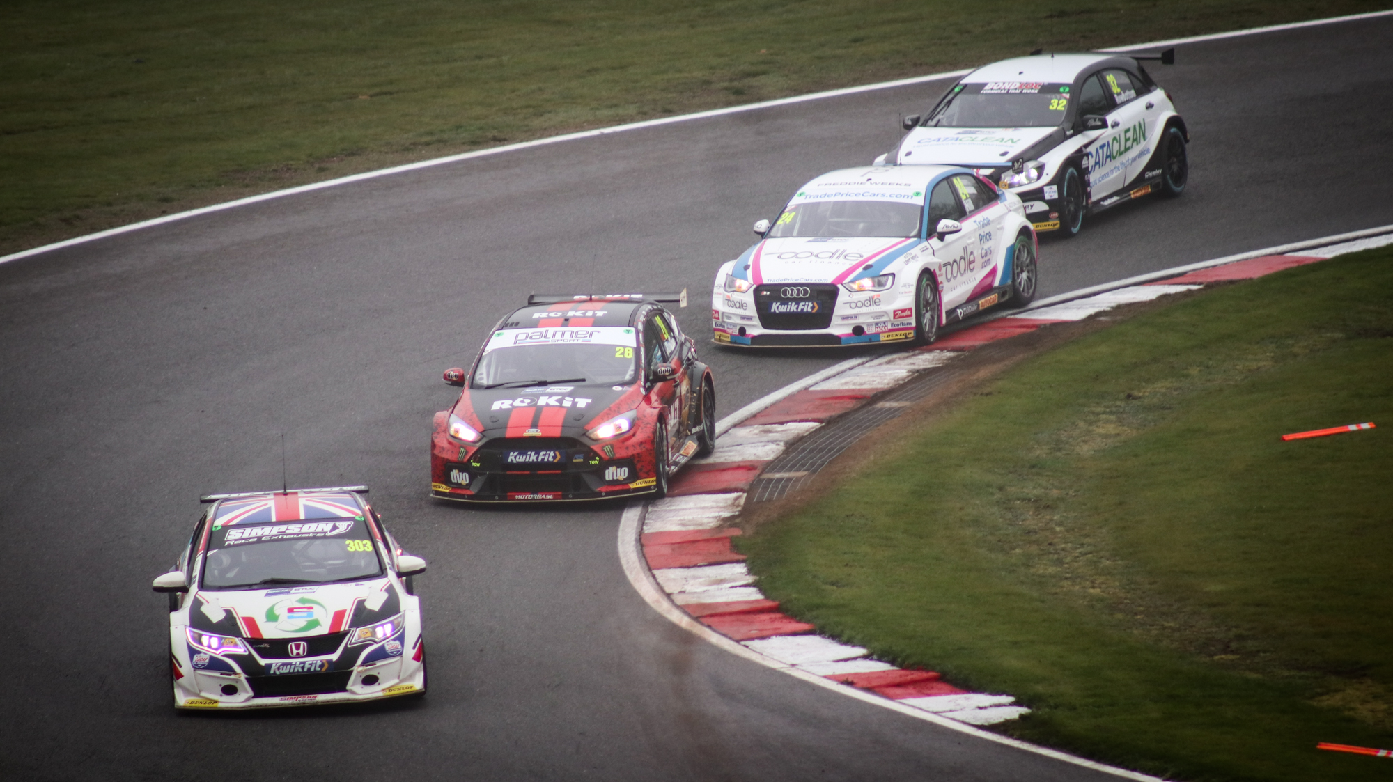 BTCC cars on circuit at Knockhill